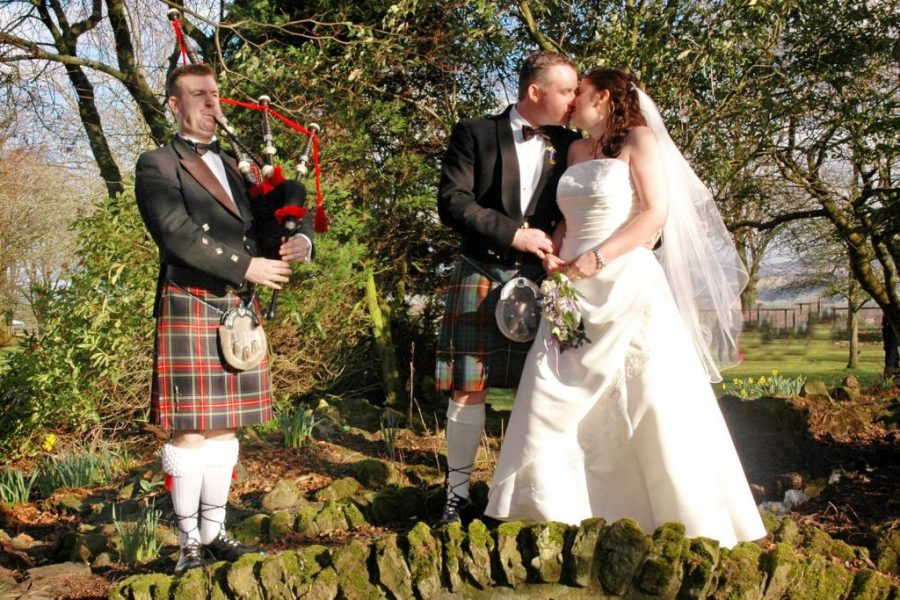Romantic Bagpiping Wedding Service